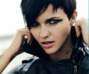 ruby rose and girl image