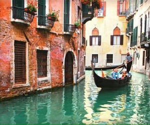 venice and travel image