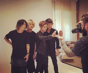 one ok rock, toru, and taka image