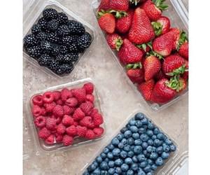 fruit, strawberry, and tumblr image