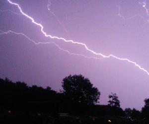 grunge, lightning, and pretty image
