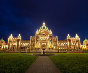 architecture, canada, and lights image