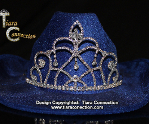 crown, tiara, and pageant crown image
