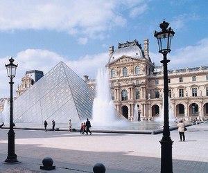paris and beauty image