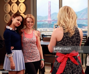 kylie minogue, sofia, and young & hungry image