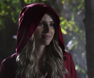 red, sarah, and pll image