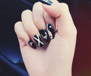 art, black and white, and nail art image
