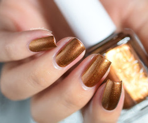 gold, nail art, and nail lacquer image