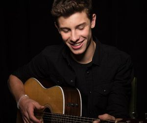 shawn mendes, guitar, and smile image