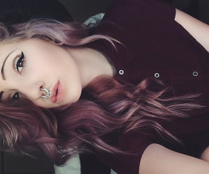 alt girl, brown hair, and dyed hair image