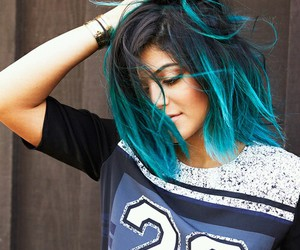 hair, kylie jenner, and blue image