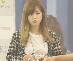 pink panda, chorong, and chookie image