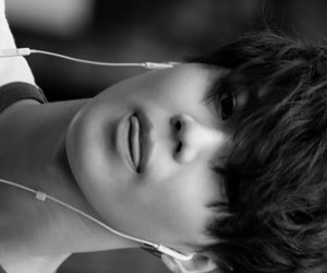 black and white, SHINee, and Taemin image