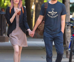 emma stone, couple, and andrew garfield image