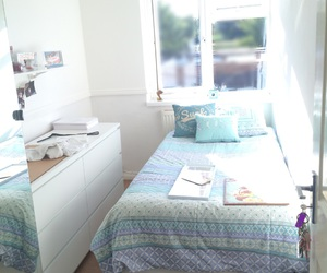 bedroom, tumblr, and chic image