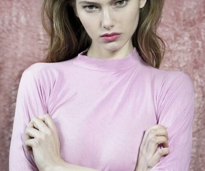 girl, pink, and zeum magazine image
