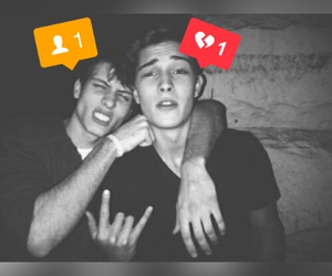 broken heart, Francisco Lachowski, and friend image