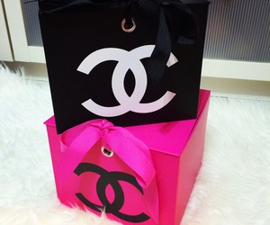 box, chanel, and pink image