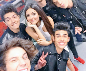 cd9, victoria justice, and freddy leyva image