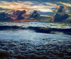 sky, clouds, and ocean image