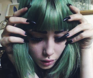 girl, hair, and green hair image