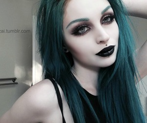 green hair image