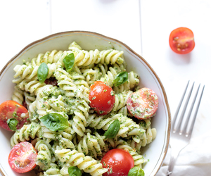 food, pasta, and vegetarian image