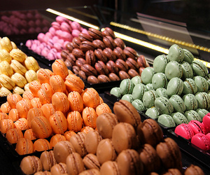 food, macaroons, and delicious image