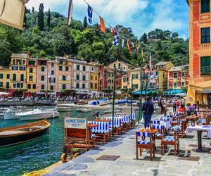italia and travel image