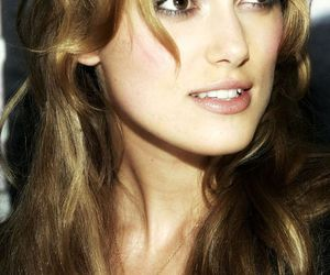 hair extensions, keira knightley, and light brown hair image