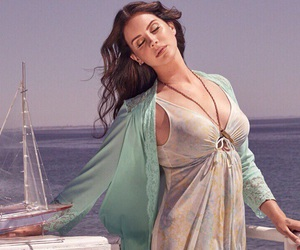 lana del rey, Queen, and high by the beach image