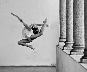 black and white, dancer, and classic image