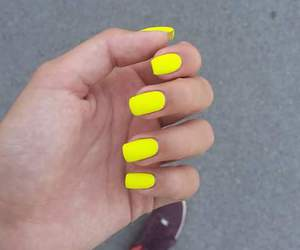 nails and yellow nails image