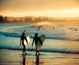 surf and byron bay image