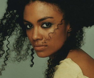 amel larrieux and model image