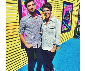 teen choice awards, joey graceffa, and couple image