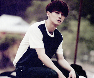 Chen, exo, and e: photobook image