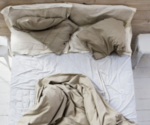 bed and photography image