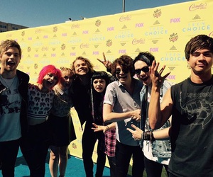 5sos, hey violet, and 5 seconds of summer image
