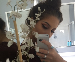 girl, fashion, and makeup image