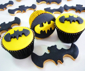 batman and cake image