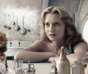 alice in wonderland, Anne Hathaway, and helena bonham carter image
