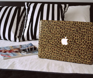 apple, leopard, and laptop image