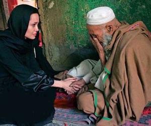 Angelina Jolie and help image