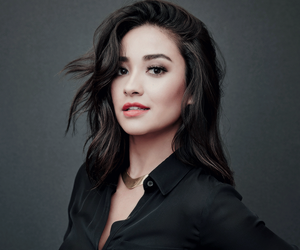 shay mitchell, beautiful, and pretty little liars image