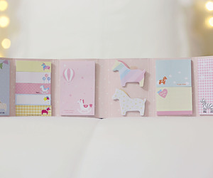 post it, stationery, and papelaria image