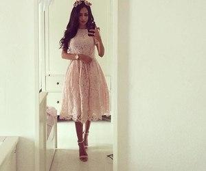 dress, fashion, and beauty image