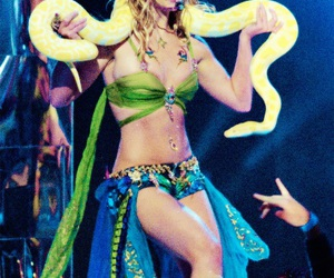 britney spears, 2001, and britney image