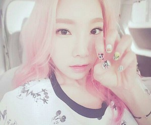 gg, nails, and snsd image