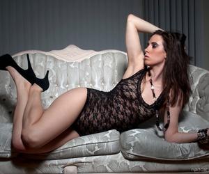 lace black image